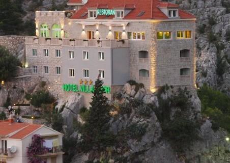 hotel_villa_dvor_featured